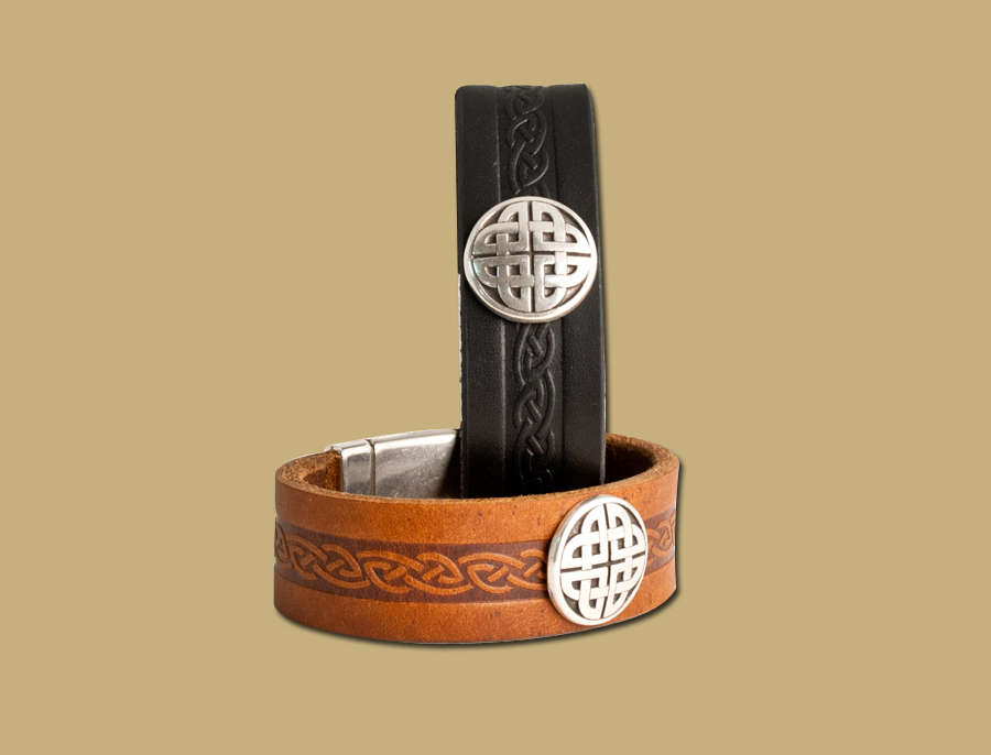 craig-celtic-leather-cuff-magnetic-closure-brown