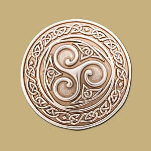 Snap on Celtic buckle silver triskle